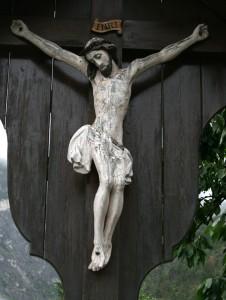 Kruzifix vor der Restaurierung